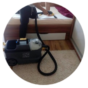 čištění matrací -čištění postele